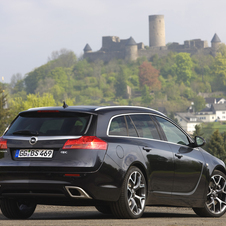 Opel Insignia OPC Sports Tourer AT