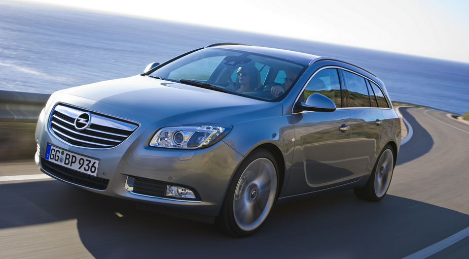 opel insignia sports tourer 2.0 turbo cosmo active select 4x4 :: 1