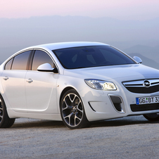 Opel Insignia OPC AT