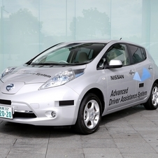 A Leaf is the first vehicle in Japan to be driven autonomously on public roads