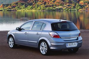Opel Astra 1 6 Cosmo Easytronic 3 Photos And 50 Specs