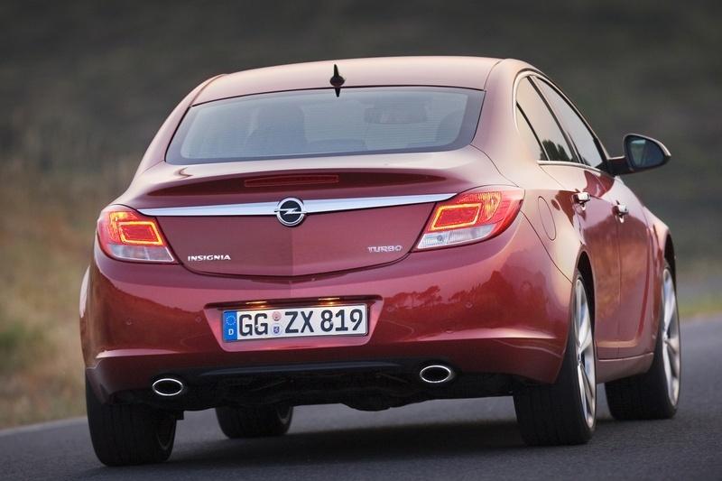 Opel Insignia 1.6 Turbo ECOTEC :: 1 photo and 52 specs :: autoviva.com