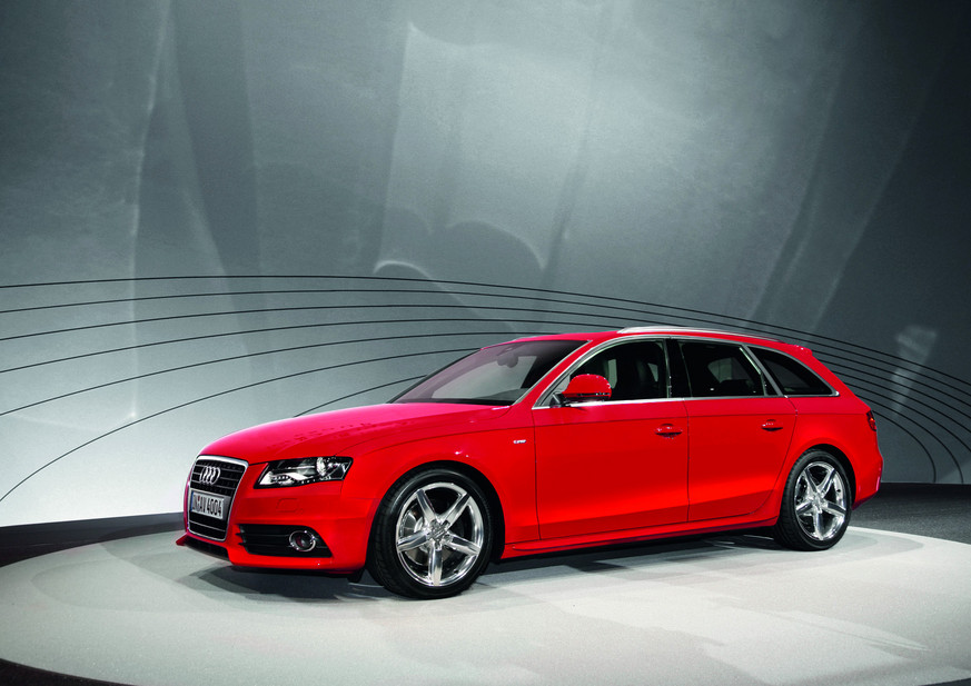 Audi A4 Avant 30 Tdi Quattro S Line 1 Photo And 11 Specs