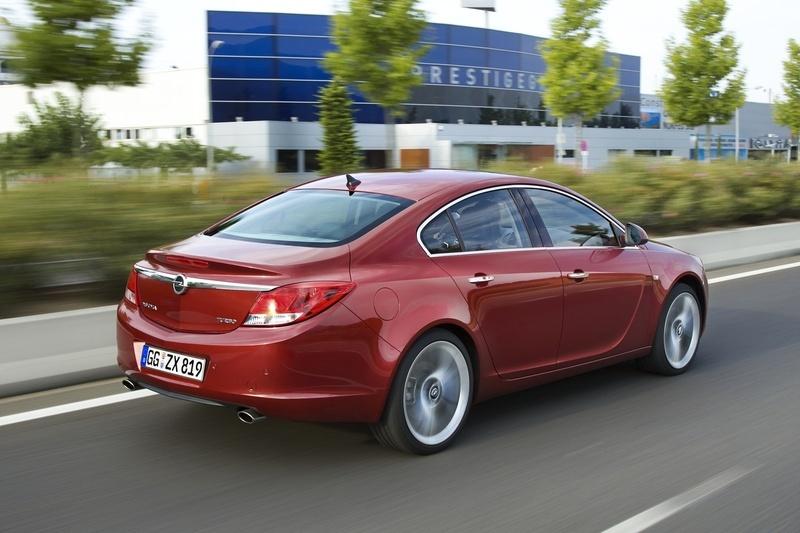 Opel Insignia 1.6 Turbo ECOTEC :: 1 photo and 73 specs :: autoviva.com