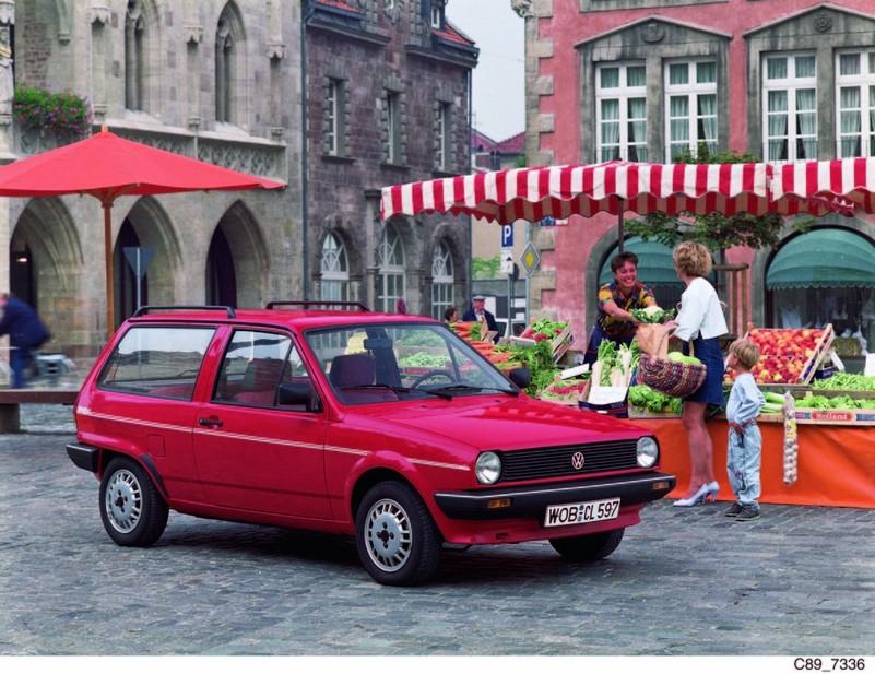 Volkswagen Polo 1 3 Gt    1 Photo And 43 Specs    Autoviva Com