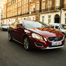 Volvo S60 D5 Momentum AWD Geartronic