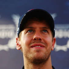 Vettel Believes He and Alonso Have Equal Chance at Championship