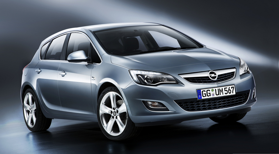 opel astra 2 0 cdti dpf cosmo active select 2 photos and 57 specs. Black Bedroom Furniture Sets. Home Design Ideas