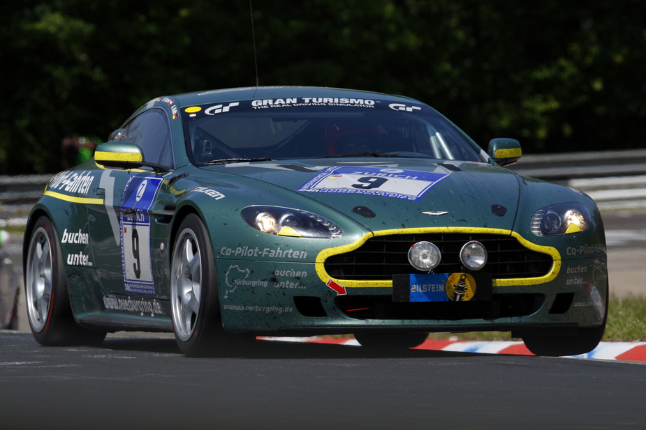 Aston Martin More Support For Vantage Gt4 Racers News Autoviva Com