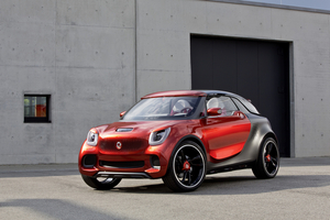 The new fortwo shares the same plataform of the Renault Twingo and will be jointly built in a factory of the French brand