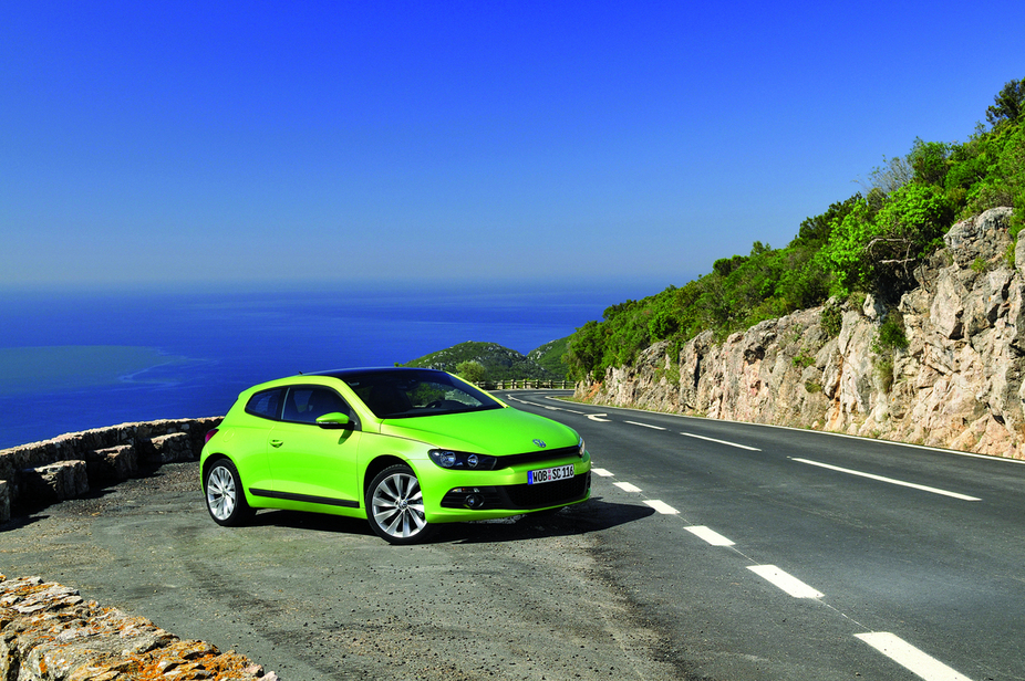 volkswagen scirocco 2 0i tdi sport 2 photos and 61 specs. Black Bedroom Furniture Sets. Home Design Ideas