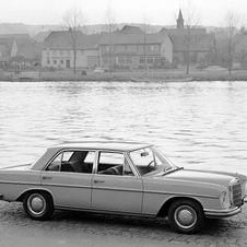 Mercedes-Benz 300 SEL 2.8 5-Speed