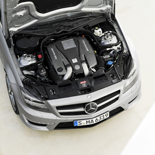 The engine is the 5.5 liter biturbo V8
