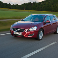 Volvo V60 T6 Kinetic AWD Geartronic