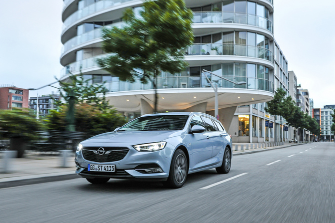 Opel Insignia Sports Tourer 1.6 Turbo D Innovation