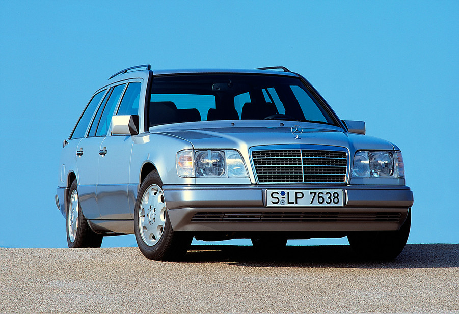 Mercedes benz e 300 diesel station wagon 1 photo and 51 for Mercedes benz diesel wagon