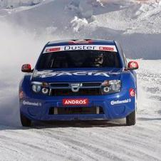 Dacia presents the ice-racing version of the Duster