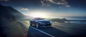 LC500h combines a 3.5-liter V6 petrol engine and an electric motor with a CVT transmission, which together make up an output of 359hp