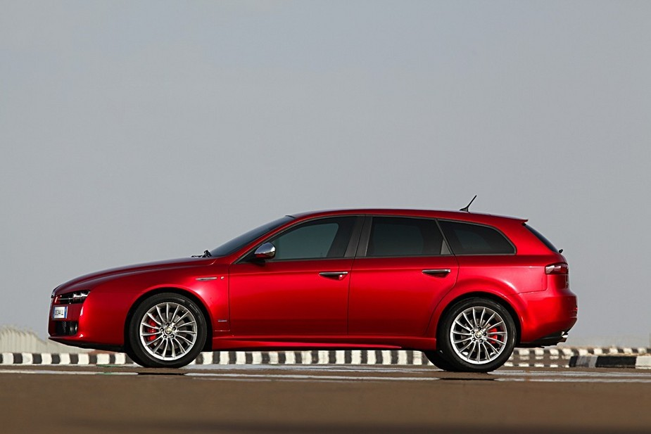 Alfa Romeo 159 Sportwagon 1.9 JTDm 16v :: 1 photo and 71 specs ...