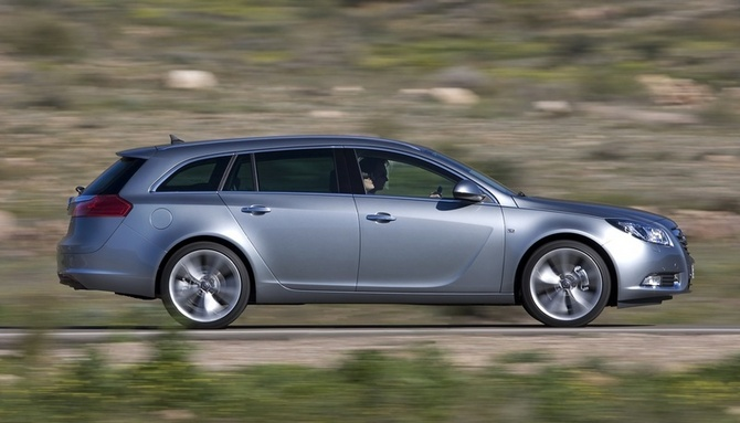Opel Insignia Sports Tourer 2.0 Turbo ECOTEC Automatic
