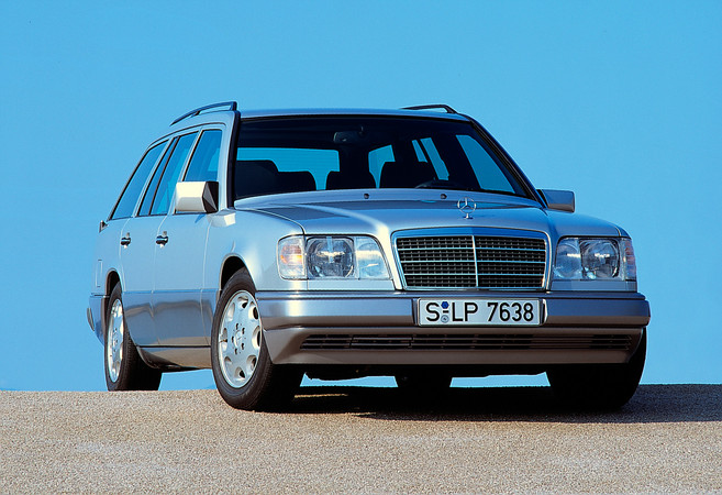 Mercedes Benz E 250 Diesel Station Wagon At Photo