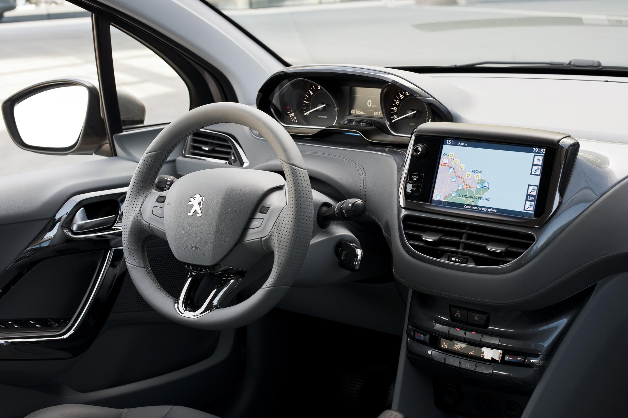 Peugeot 208 1 6 Ehdi Allure Slideshow Autoviva Com