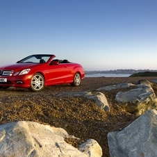 Mercedes-Benz E 200 CGI BlueEfficiency Cabriolet Elegance