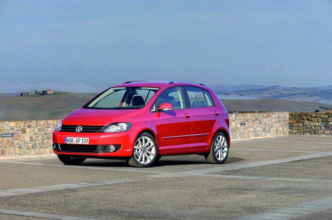 People :: Volkswagen Golf Plus 1.2 TSI Trendline photo :: autoviva ...