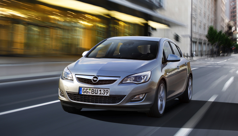 Opel Astra 1 4 Turbo Cosmo 2 Photos And 58 Specs