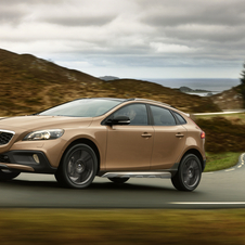 Volvo sales dropped 6.1% in 2012