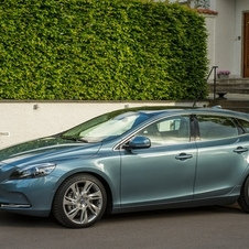 Volvo V40 T4 Summum Powershift
