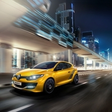 Renault should reveal the price and full technical specifications of the 275 Trophy closer to the launch of the car