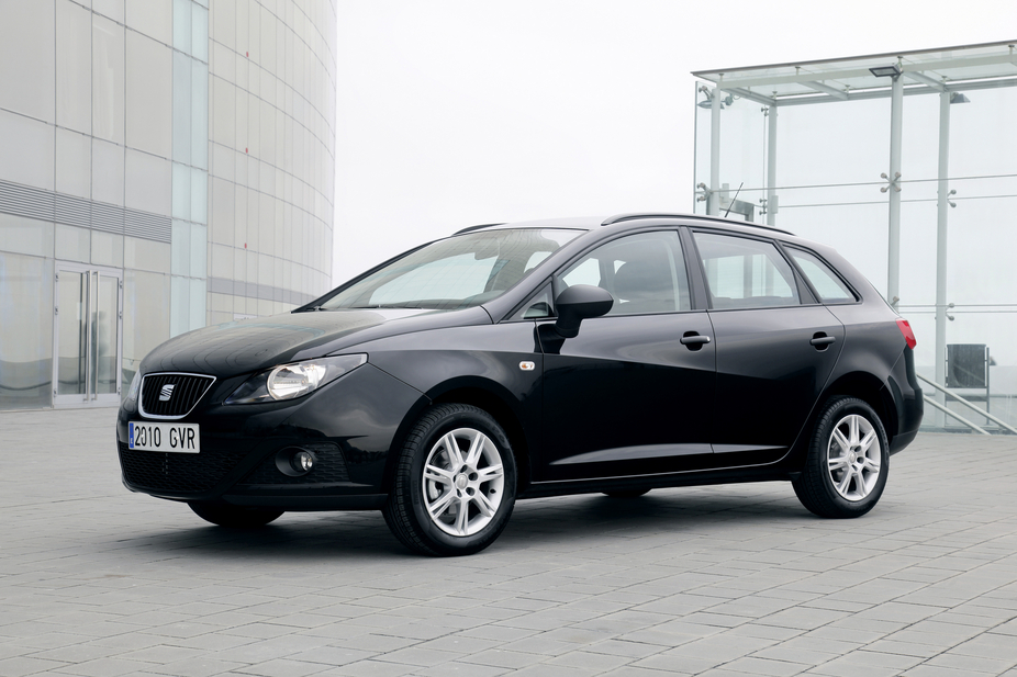 seat ibiza st 1 2 tsi sport dsg 1 photo and 11 specs. Black Bedroom Furniture Sets. Home Design Ideas