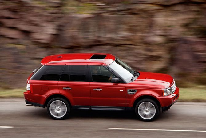 Land Rover Range Rover Sport Supercharger photo :: Land Rover gallery ...