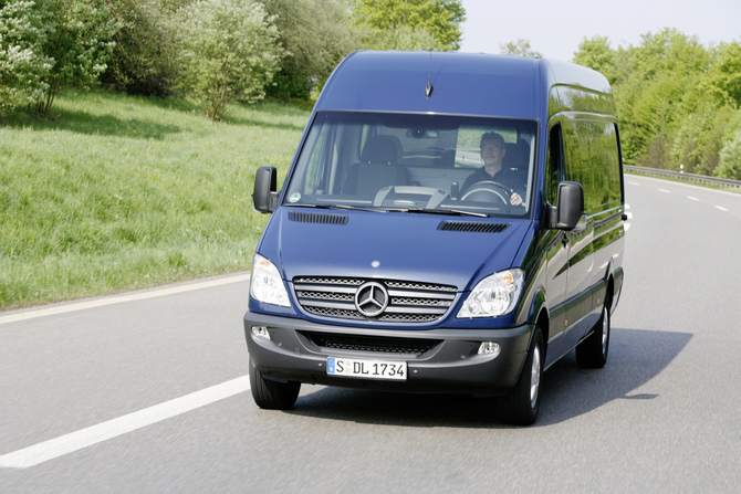 Mercedes-Benz Sprinter Cargo Van 3500 High Roof 144-in. WB