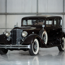 Packard Super Eight Club Sedan