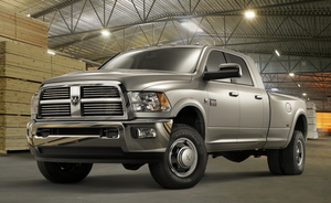 Dodge Ram 3500 Regular Cab 4X4 ST LWB