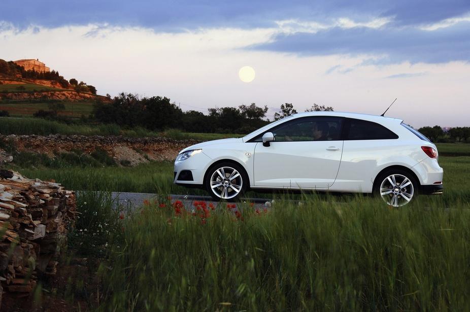 Seat Ibiza SC 1.6 TDI Sport :: 1 photo and 11 specs :: autoviva.com