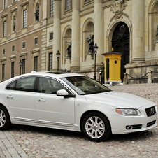 Volvo S80 T6 R-Design Geartronic