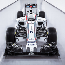 Felipe Massa e Valtteri Bottas voltam a estar aos comandos do carro da Williams