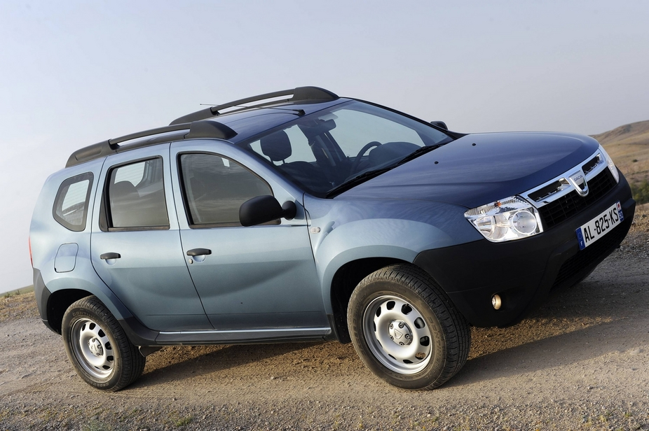 dacia duster 1 6 laur ate 4x4 1 photo and 11 specs. Black Bedroom Furniture Sets. Home Design Ideas
