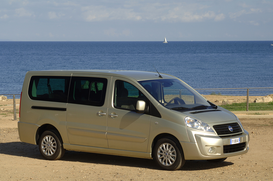 fiat scudo combi multijet panorama executive long 2 photos and 11 specs. Black Bedroom Furniture Sets. Home Design Ideas