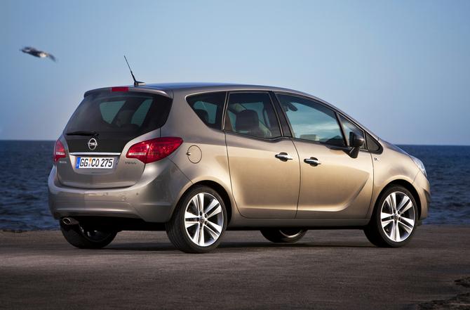 People :: Opel Meriva 1.4 Turbo (88 kW) photo :: autoviva gallery ...