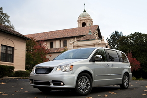 Chrysler Town & Country (modern) Touring