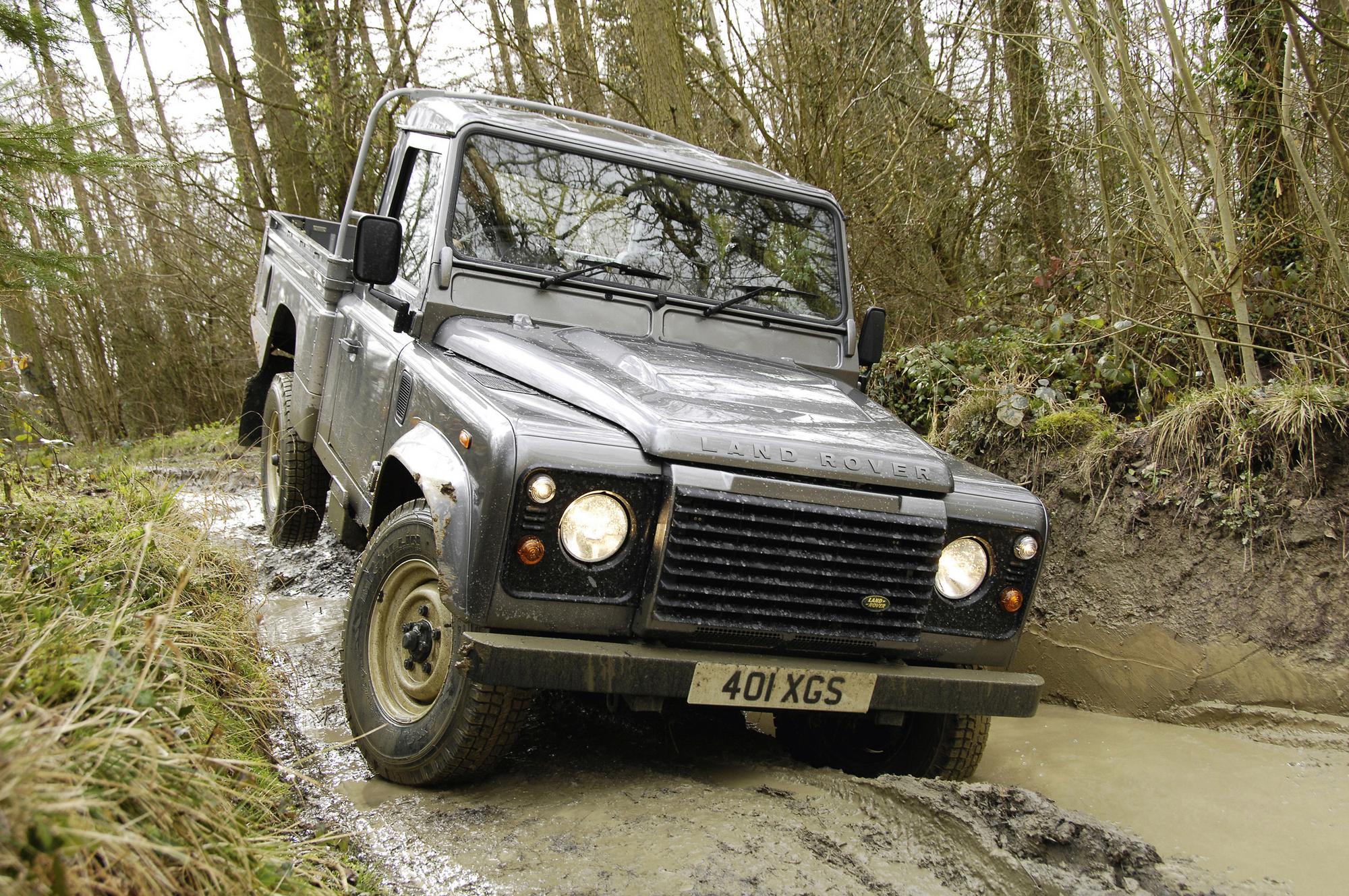 Land Rover Defender 90 Pick Up Slideshow
