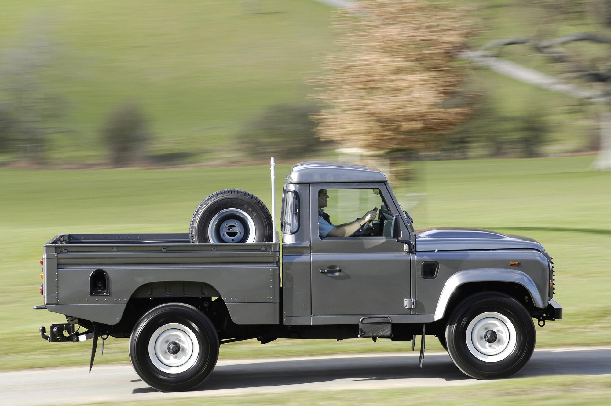land rover defender 110 pick up high capacity slideshow. Black Bedroom Furniture Sets. Home Design Ideas