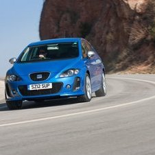 Seat Leon FR+ Supercopa Gets Interior and Exterior Upgrades
