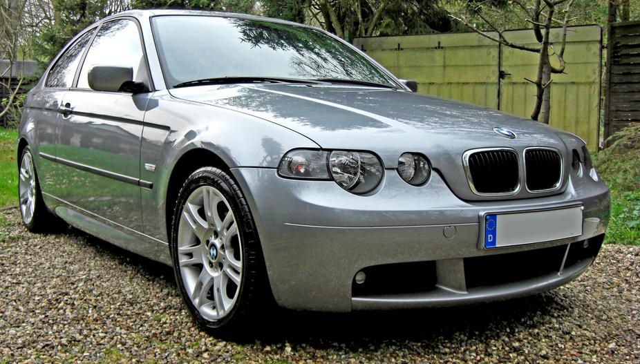 BMW 316ti Compact  1 photo and 79 specs  autovivacom