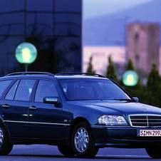 Mercedes-Benz C 200 KOMPRESSOR Station Wagon AT