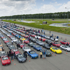 It was the largest procession of MX-5s ever
